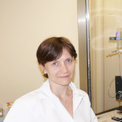 Elena in her lab